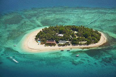 Beachcomber Island Resort, Mamanuca Poster