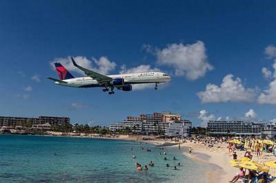 Delta Air Lines Landing At St Maarten Poster by David Gleeson