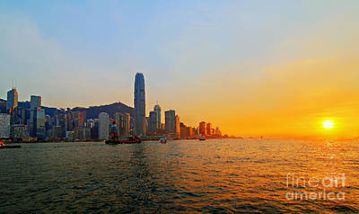 Golden Sunset In Hong Kong Poster by Lars Ruecker