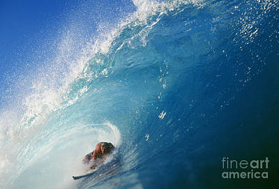 Hawaii, Oahu, North Shore, Banzai Pipeline, Pancho Sullivan Riding Wave Poster by Vince Cavataio