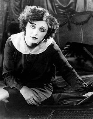 Men, Pola Negri, 1924 Poster