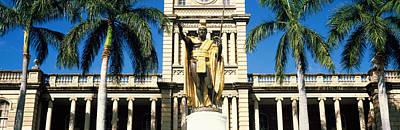 Statue Of King Kamehameha In Front Poster