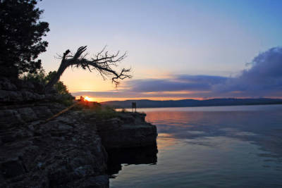 Sunrise Over Table Rock Lake Poster