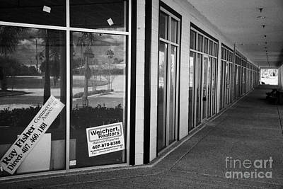 Vacant Empty Strip Mall In Kissimmee Florida Usa Poster