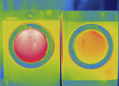 Washer And Dryer, Thermogram Poster by Science Stock Photography