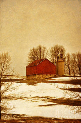 Wisconsin Barn In Winter Poster