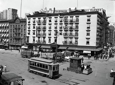 1910s 1916 The Eastern Hotel With An Poster