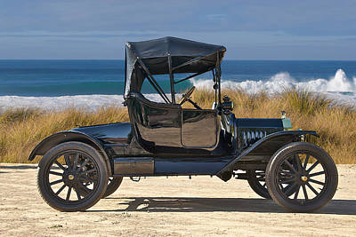 1915 Ford Model T Roadster Vii Poster by Dave Koontz