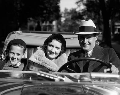 1930s Smiling Family Portrait Man Poster