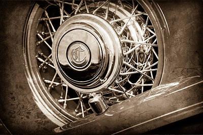 1931 Chrysler Cg Imperial Dual Cowl Phaeton Spare Tire Emblem Poster by Jill Reger