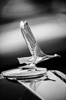 1931 Studebaker President Four Seasons Roadster Hood Ornament -1066bw Poster