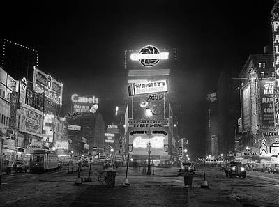 1935 Times Square Lighted At Night Poster
