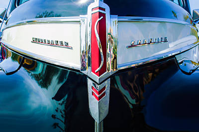 1941 Studebaker Champion Grille Emblem -0053bw Poster by Jill Reger