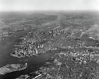 1950s Aerial View Of Manhattan Island Poster