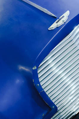 1953 Aston Martin Db2 Vantage Drophead Coupe Grille Emblem Poster by Jill Reger