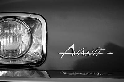 1954 Studebaker Avanti Emblem -0281bw Poster by Jill Reger
