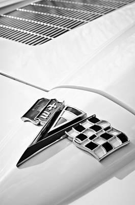 1963 Chevrolet Corvette Split Window Emblem -138bw Poster by Jill Reger