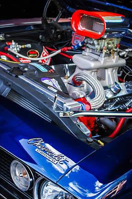 1967 Chevrolet Camaro Ss 350 Engine - Hood Emblem  Poster
