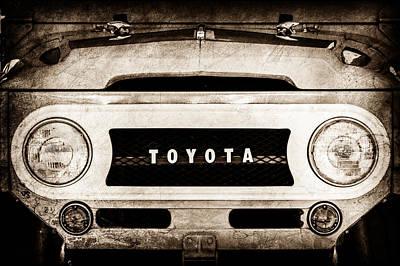 1969 Toyota Fj-40 Land Cruiser Grille Emblem -0444s Poster by Jill Reger