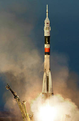 Iss Expedition 46 Launching Poster