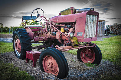 Old Farm Tractor Farmall 140 Ih Poster by Rich Franco