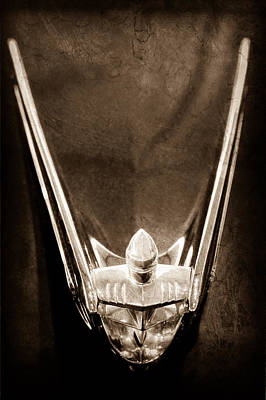 1956 Lincoln Premiere Convertible Hood Ornament Poster