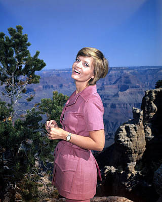 Florence Henderson In The Brady Bunch  Poster by Silver Screen