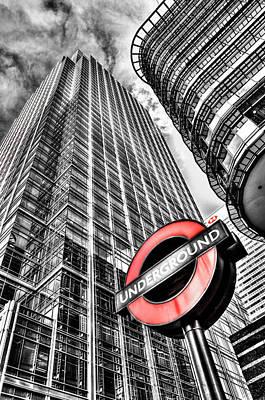 Canary Wharf London Poster by David Pyatt