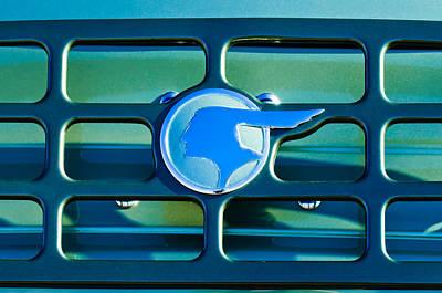 1933 Pontiac Emblem -0467c Poster by Jill Reger