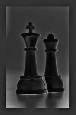 King And Queen In Black And White Poster by Rob Hans