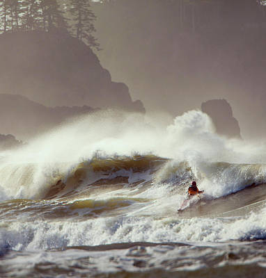 La Push Pummel And Sea Stacks Poster by Gary Luhm
