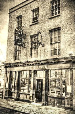 The Gipsy Moth Pub Greenwich Poster by David Pyatt