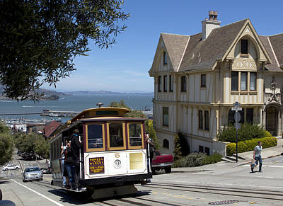 A Cable Car On Hyde Street Poster by Mountain Dreams