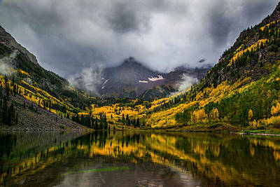 A Fall Morning At Maroon Bells Poster by Peter Irwindale