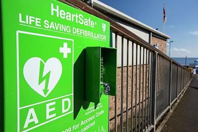 A Heartsafe Defibrillator Poster