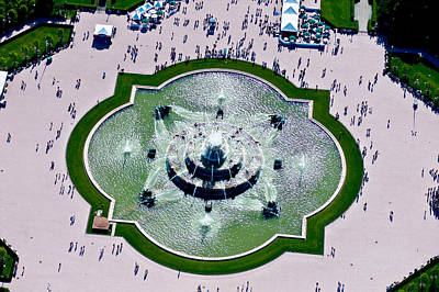 Aerial View Of The Buckingham Fountain Poster