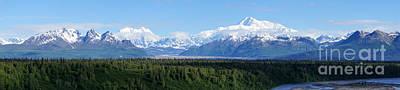 Alaskan Denali Mountain Range Poster