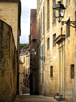 Alleys Of Sarlat Poster by Suzanne Oesterling