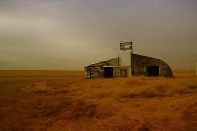 An Unusual Barn In Eastern Montana  Poster