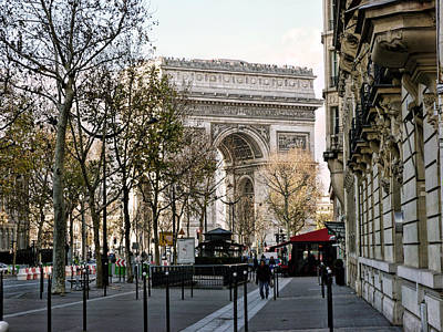 Arc De Triomphe Paris Poster by Lynn Bolt