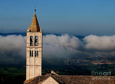 Poster featuring the photograph Assisi - 4 by Theresa Ramos-DuVon