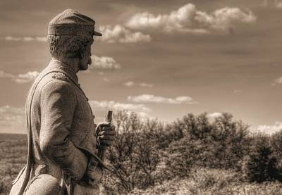 At The Ready - 84th Ny Vol Infantry 14th Brooklyn Regiment Red Legged Devils Railroad Cut Gettysburg Poster