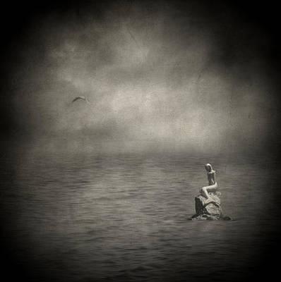 Ausencia Presencia Y Una Sirena Poster by Taylan Apukovska