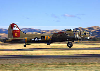 B17 Flying Fortress Departs Livermore Klvk Poster