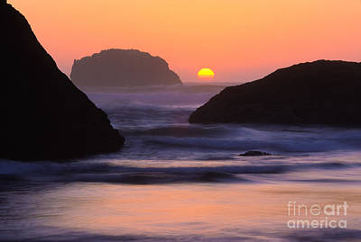 Bandon Beach Last Light Poster