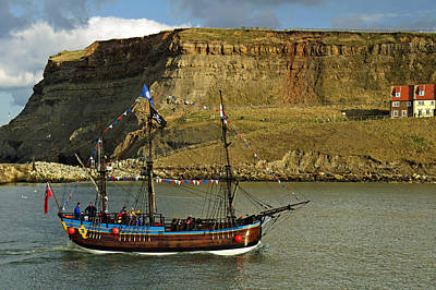 Bark Endeavour Passing Whitby East Cliff Poster by Rod Johnson