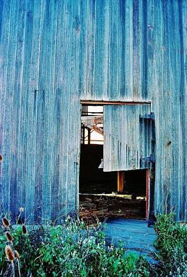 Barn Door... Monroe Co. Michigan Poster by Daniel Thompson