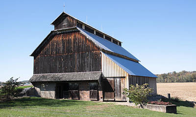 Barn On Hawkins Road Poster