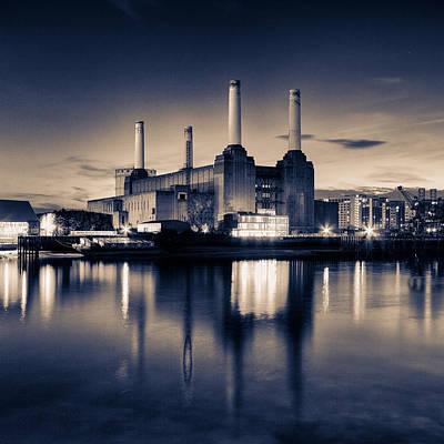 Battersea Power Station London Poster by Ian Hufton