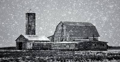 Black And White Farm In Winter Poster by Dan Sproul